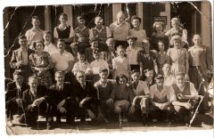 Bedlington holiday group at Blackpool approx. 1948