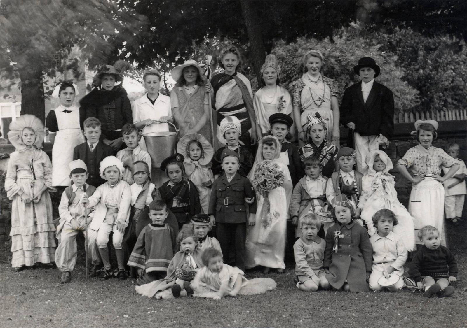 Children at Wartime fancy dress pageant