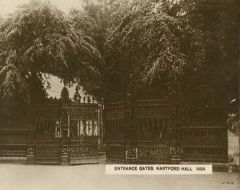 Entrance gates, Hartford Hall 1910