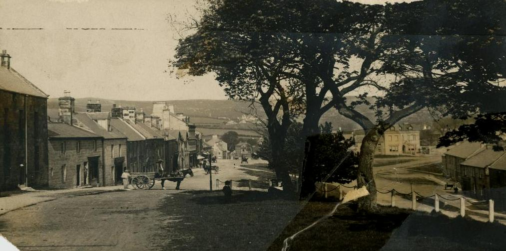 Photograph of Rothbury Main Street from East to West 1910.JPG