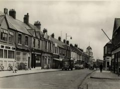 Postcard view of Woodhorn Road, Ashington 1960.JPG