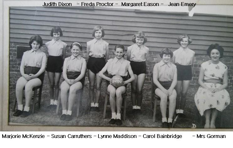 Netball Team 1960 with names.jpg