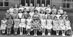 Bed Stn Primary c1959.jpg