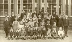 1900s Barrington school.jpg