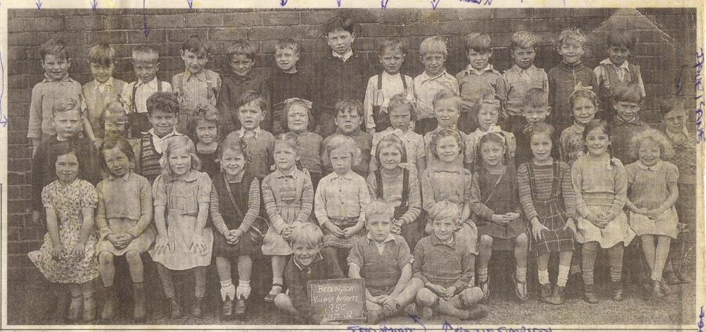 CLASS OF 1950 AT BEDLINGTON VILLAGE INFANTS SCHOOL [CROPPED ARTICLE] [SAVED 5-5-10].jpg
