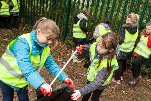 Council supports residents in a 'Great British Spring Clean'