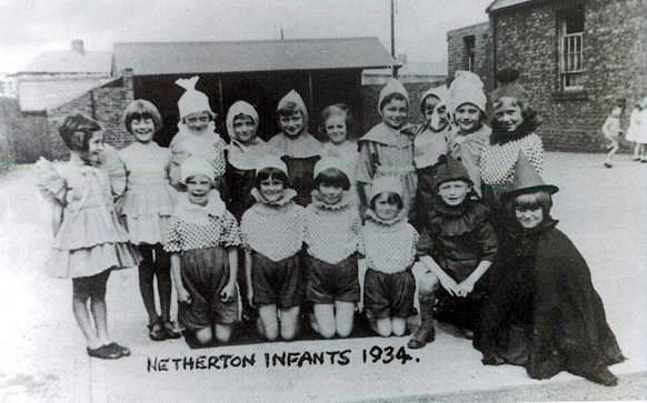 Netherton Colliery Infants 1934.jpg