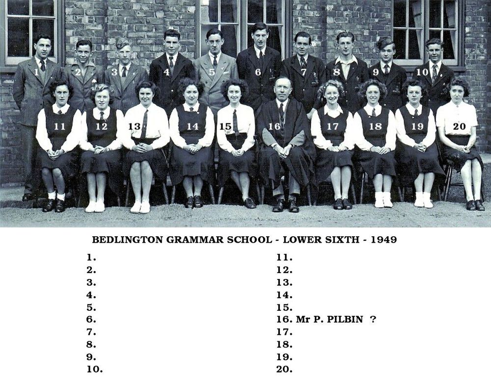 1949 Lower Sixth named.jpg